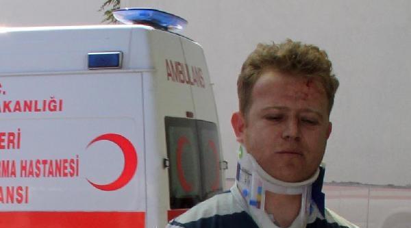 Refüje Çikan Otomobilde 2 Yaralı