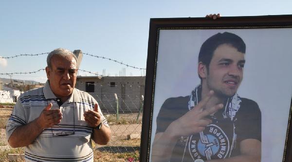 Reyhanlı'da Ölen 52 Kişi Anıldı, Şehitler Anıtı Açıldı