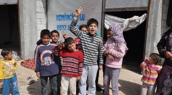 Reyhanlı'daki Suriyeliler Savaşın Bitmesini İstiyor