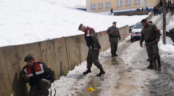 Rize'de Seçim Kavgasında Uzman Çavuş Ağır Yaralı