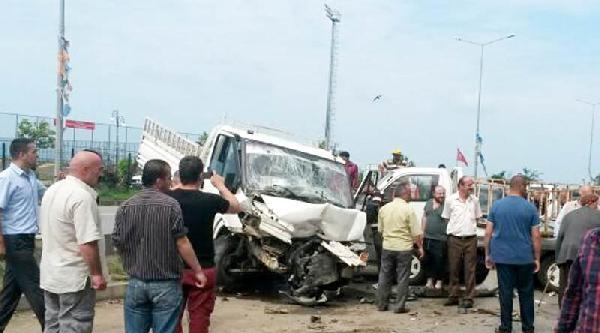 Rize'de Trafik Kazası: 5 Yaralı