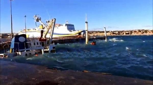 Rodos'ta Gemi Batti, Türk Kaptan Ve Başmakinist Adliyeye Sevk Edildi