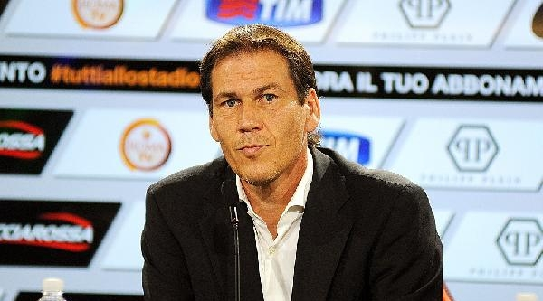Roma Teknik Direktörü Garcıa'dan Salih Uçan Yorumu: