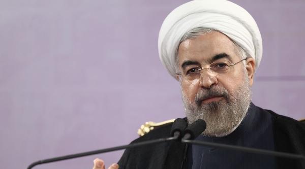 Ruhani: Işid'e Karşı Irak'a Yardıma Hazırız