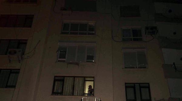 Rus Kadını Tutulduğu Evden Polis Ve İtfaiye Kurtardı