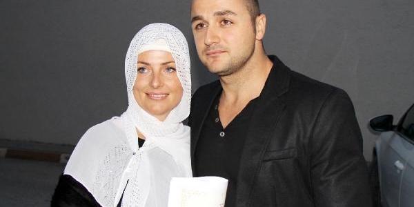 Rus Kukhareva Müslüman Oldu