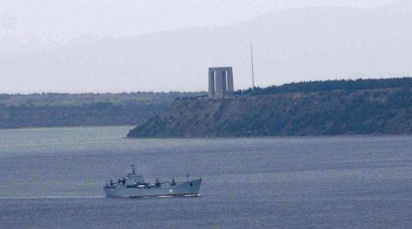 Rusya Savaş Gemilerini Karadeniz'e Çekiyor