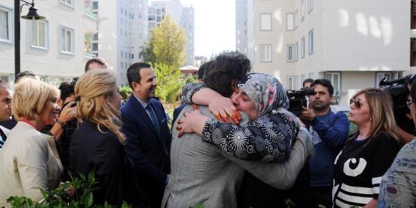 Rusya'dan Umut'a Ve Gülsüm Anne'ye Antalya'da Ev