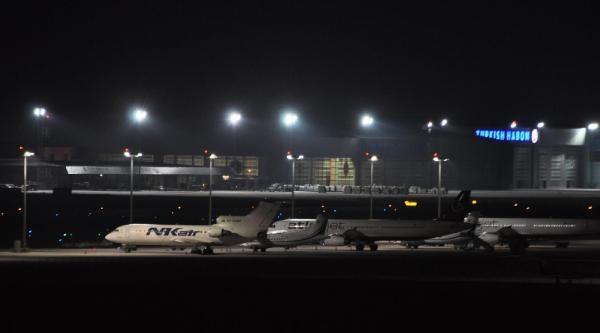 Sabiha Gökçen Havalimanı Pist Çalişmasi Nedeniyle Hava Trafiğine Kapatıldı