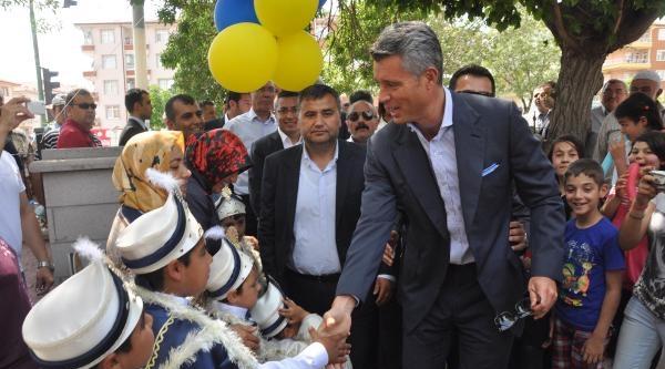 Sadettin Saran Kırıkkale'de 350 Cocuğu Sünnet Ettirdi
