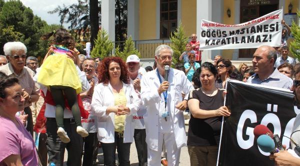Sağlık Çalişanlarindan 'hastane Kapatılmasın' Eylemi