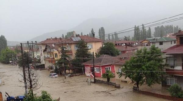 Sakarya'da Dereler Taştı, Birçok Köyü Sel Suları Bastı- Ek Fotoğraf