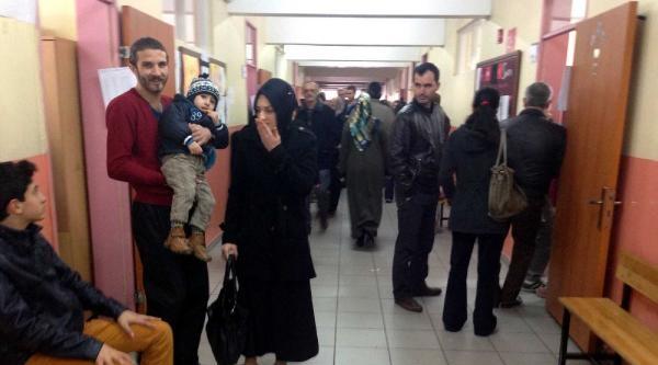 Sakarya'da Seçimlere Katılım Fazla