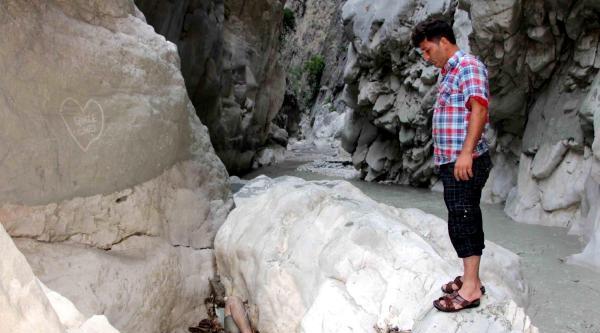 Saklıkent Kanyonu'nda Kaybolan 1 Kişinin Cesedi Bulundu - Fotoğrafları