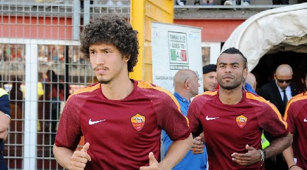 Salih Uçan Roma'daki İlk Maçında 1 Gol Kaydetti
