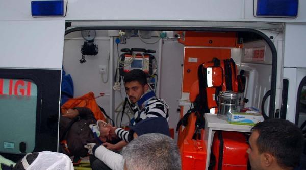 Salihli'de Kaza: 2 Yaralı