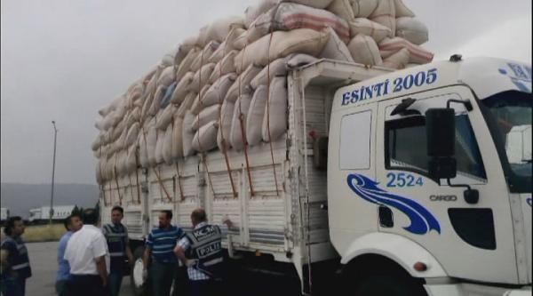 Saman Çuvallari Arasında 370 Kilo Esrar Ele Geçti
