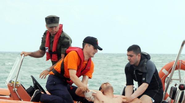 Samsun Sahil Güvelik'ten Boğulma Kurtarma Tatbikatı