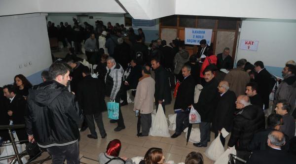 Samsun'da Ak Parti'nin Yüzü Güldü