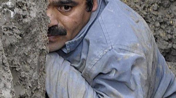 Samsun'da, Göçük Altinda 40 Dakika Ölüm- Kalim Savaşi