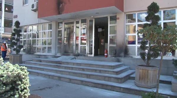 Sancaktepe'de Kaymakamlık Binasına Molotoflu Saldırı