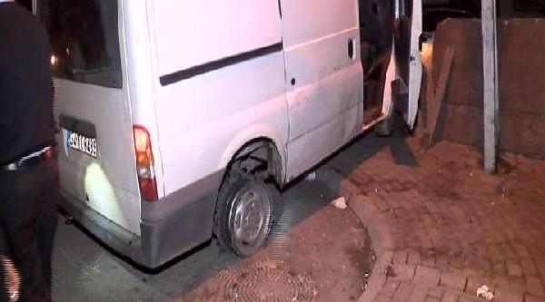 Sancaktepe'den Esenlere Jant Üzerinde Hirsiz-Polis Kovalamacasi