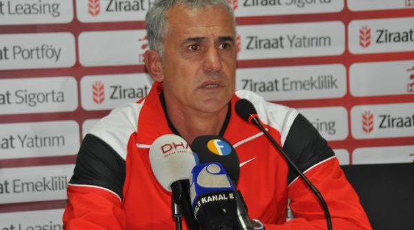 Sanica Boru Elaziğspor - Antalyaspor Soyunma Odalari