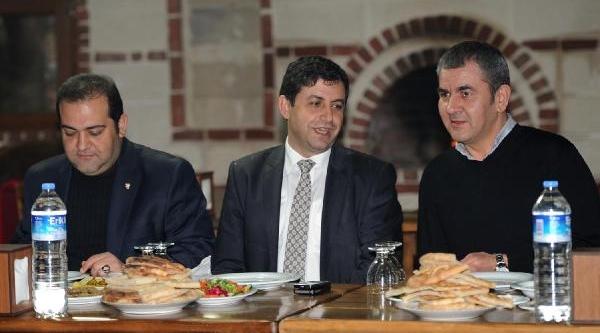 Sanica Boru Elaziğspor'Dan Bursaspor'a Yemek