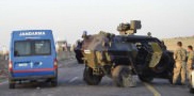 Şanlıurfa'da askeri araç devrildi: 1 şehit