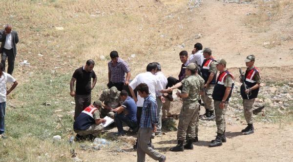 Şanliurfa'da 2 Otomobil Çarpişti: 1 Ölü, 4 Yaralı
