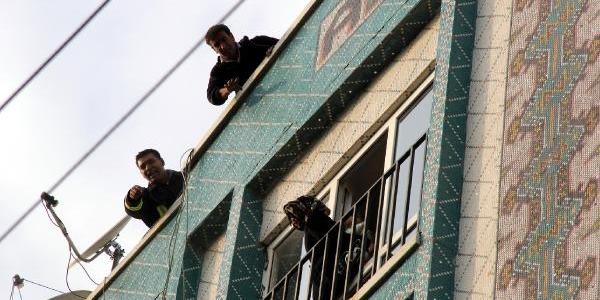 Şanliurfa'da Apartmanda Yangin Paniği: 6 Kişi Dumandan Etkilendi