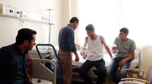 Şanliurfa'da Bıçaklı Kavga: 2 Yaralı