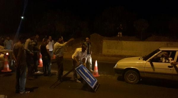 Şanliurfa'da Elektrik Protestosu