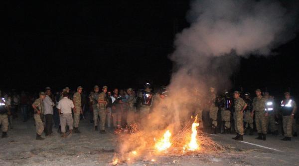 Şanliurfa'da Elektrik Protestosuna Müdahale Edildi