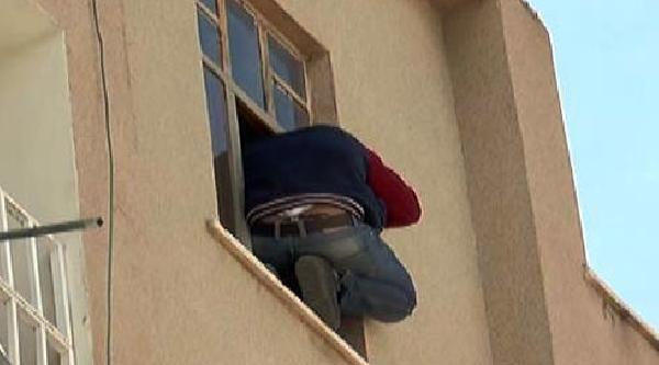 Şanliurfa'da Hırsızlık Şüphelisi Polisi Alarma Geçirdi
