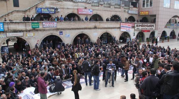 Şanliurfa'da Kesk Üyelerinden Berkin Elvan Ve Hdp Protestosu