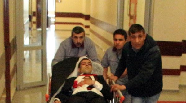 Şanliurfa'da Muhtarlık Kavgası: 1'i Polis 3 Yaralı