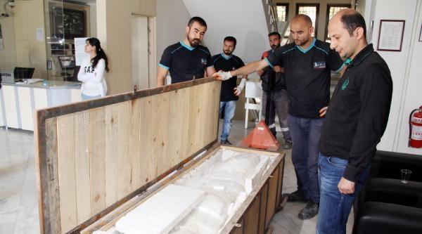 Şanliurfa'da Müzedeki Eserler Polis Eskortuyla Taşınıyor