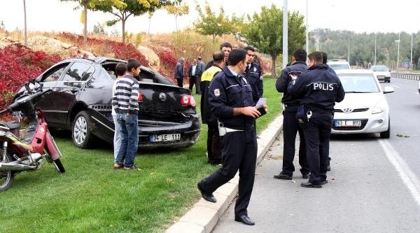 Şanliurfa'da Otomobil Devrildi, Sürücü Yaralandi