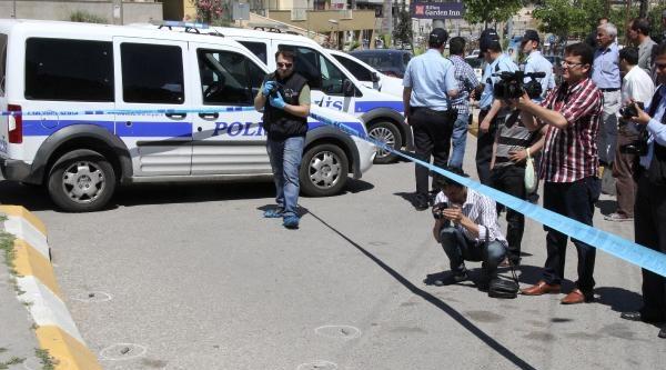 Şanliurfa'da Otomobile Pompalı Tüfekli Saldırı