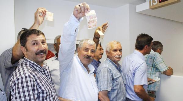 Şanliurfa'da Selahattin Demirtaş'ın Hesabına Bağış