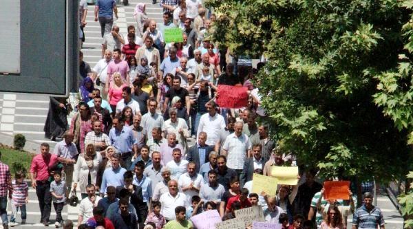 Şanliurfa'da Tecavüz Ve İstismar Protestosu