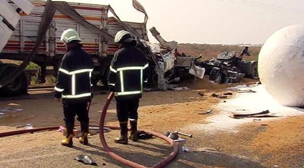Şanliurfa'Da Yoğun Sis Kazasi: 2 Ölü, 20 Yarali