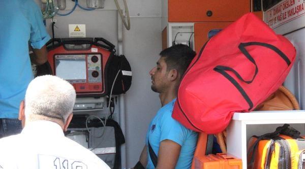 Şanliurfa'da Yolcu Minibüsü Devrildi: 1 Ölü, 23 Yaralı