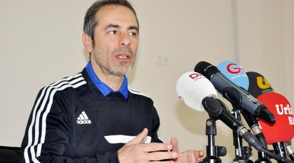 Şanliurfaspor Teknik Direktörü Hakemlerden Şikayetçi