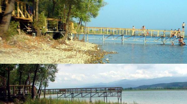 Sapanca Gölü'nde Kuraklığın Fotoğrafı