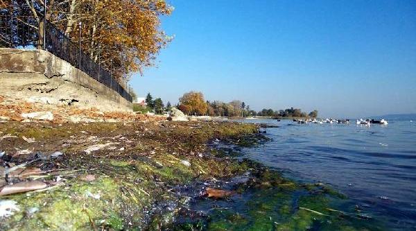Sapanca Gölü'nde Su Seviyesi Son 10 Yilik En Düşük Seviyesinde