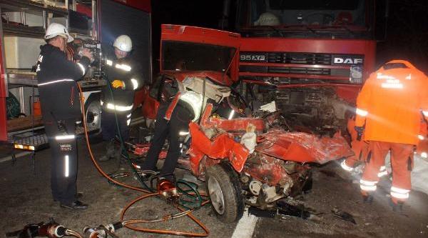 Sapanca'da Zincirleme Kaza: 2 Ölü, 3 Yarali