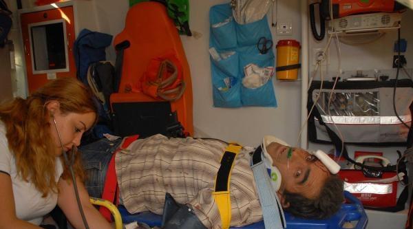 Şarampole Yuvarlanan Beton Mikserinin Şoförü Yaralandı