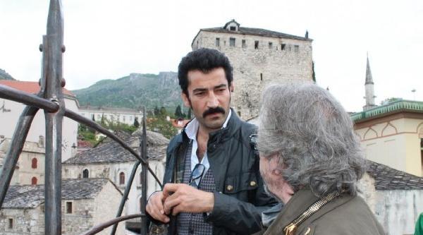 Saraybosna'da Düzelenen Türk Film Festivaline Katılan Kenan İmirzalioğlu'na Büyük İlgi